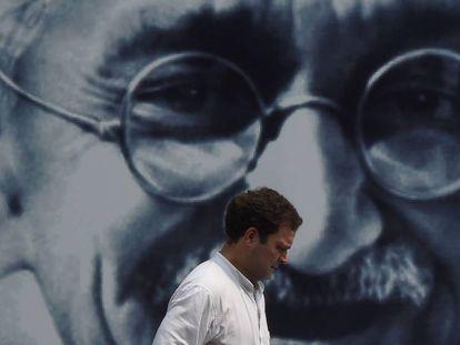 El político indio Rahul Gandhi, en un acto de homenaje a Mahatma Gandhi en el 150º aniversario de su nacimiento.