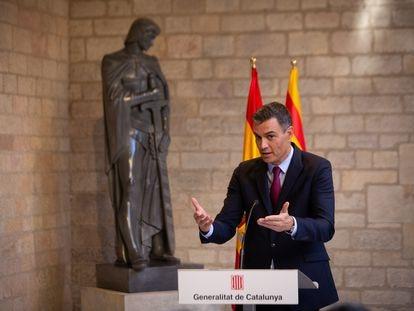 El presidente del Gobierno, Pedro Sánchez, en rueda de prensa tras reunirse con Pere Aragonès, 'president' de la Generalitat.