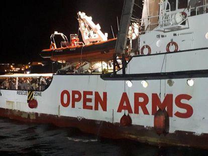 El barco 'Open Arms', en Lampedura la pasada semana.