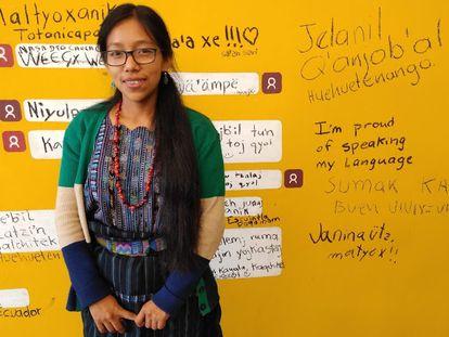 Cecilia Tuyuc es una activista digital guatemalteca que se ha sumado al proyecto de crear una Wikipedia en kakchikel, una de las 22 lenguas mayas que se hablan en su país. De momento, ya se han escrito 106 artículos de los 800 que se requieren.