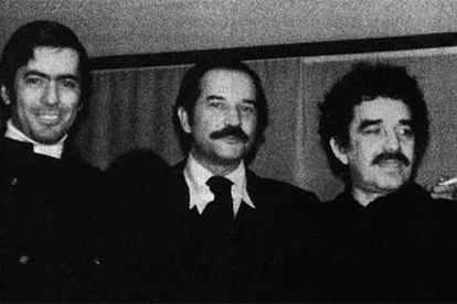De izquierda a derecha, Mario Vargas Llosa, Carlos Fuentes y Gabriel García Márquez, en los años 60.