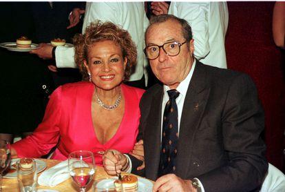Carmen Sevilla y Vicente Patuel, en Marbella en 1998.