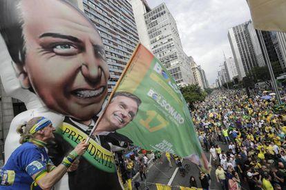 Simpatizantes del candidato Bolsonaro, el domingo pasado en São Paulo.