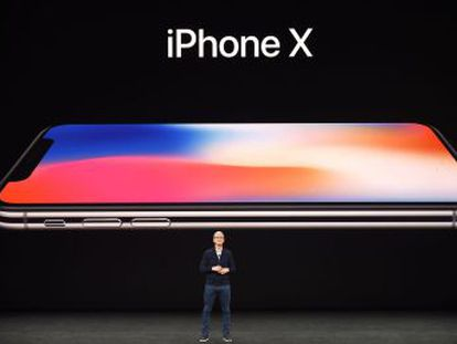 La compañía da a conocer sus nuevos teléfonos, el Apple Watch Series 3 y el Apple TV 4K en la conferencia anual, celebrada en su nueva sede