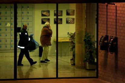 Macià Alavedra, implicado en el caso Pretoria, abandona la cárcel de Brians 2, tras poner un millón de euros de fianza.