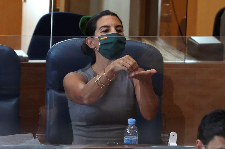 Rocío Monasterio, en la imagen durante el debate sobre el estado de la región, seguirá como presidenta de Vox en Madrid aún sin llegar al 10% de los avales.