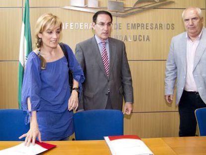 Castilla (UGT), González de Lara (CEA) y Carbonero (CC OO), el martes.