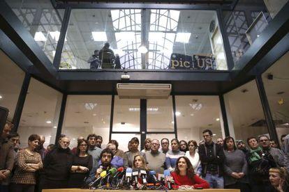 Tania Sánchez, acompañada de otros exmiembros de IU, durante la rueda de prensa de este jueves.