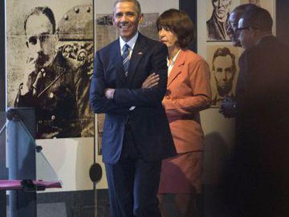 El presidente Obama durante su visita al Memorial de José Martí.