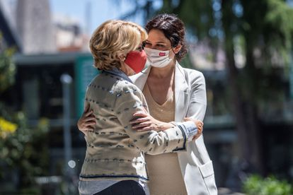 Esperanza Aguirre e Isabel Díaz Ayuso, el 21 de mayo.
