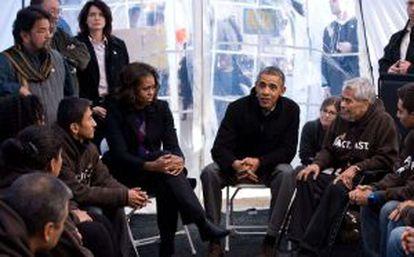 El presidente Obama junto a los activistas el pasado viernes.