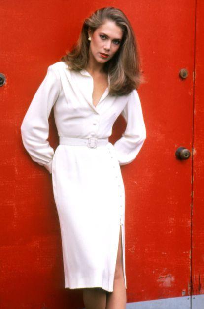 Kathleen Turner en el set de rodaje de 'Fuego en el cuerpo', la película que la convirtió en una estrella en 1981.