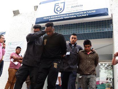 El futbolista Renato Ibarra tras ser trasladado al Reclusorio Norte de Ciudad de México.