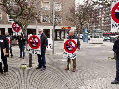 Protesta contra el fracking en Vitoria en 2012