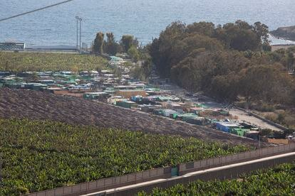 Vista del poblado de chabolas en el barranco de El Pajar.