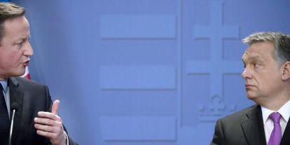David Cameron (izquierda) y Viktor Orbán, en la conferencia de prensa ofrecida y Budapest.