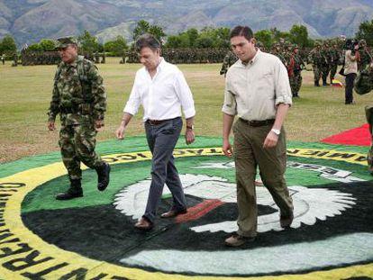 El presidente y el ministro de Defensa de Colombia.