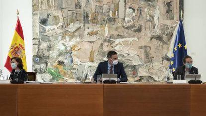 Pedro Sánchez preside la reunión del Consejo de Ministros este martes.