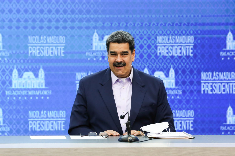 El presidente de Venezuela, Nicolás Maduro, durante una locución desde el Palacio de Miraflores en Caracas (Venezuela).