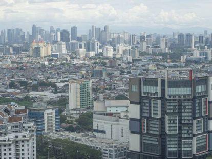 Vista aérea de Yakarta, capital de Indonesia.