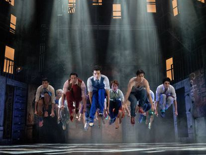 Un momento del musical 'West Side Story' en el teatro Calderón de Madrid.