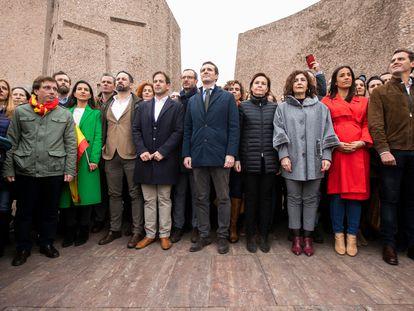 Dirigentes de PP, Cs, Vox, UPyD y Foro Asturias en la foto de familia de la manifestación de Colón de febrero de 2019.