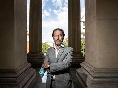 Javier Arnaldo, responsable del Centro de Estudios del Museo del Prado, en el Casón del Buen Retiro.