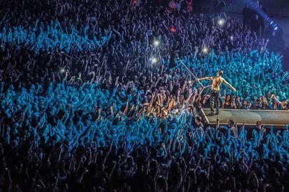 Depeche Mode, en un concierto en el Palau Sant Jordi de Barcelona, en 2014.