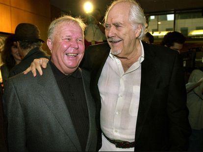 Ned Beatty con el director Robert Altman, en la celebración en 2000 del 25º aniversario de 'Nashville'.