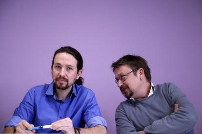 El líder de Podemos, Pablo Iglesias, y el de En Comú Podem, Xavier Domènech.