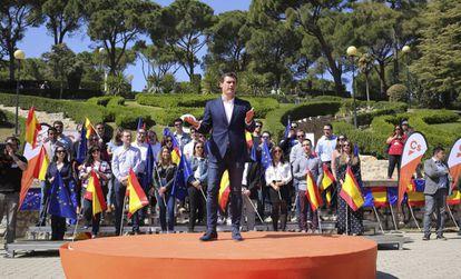 Albert Rivera, en un acto de precampaña electoral, en Zaragoza la semana pasada.