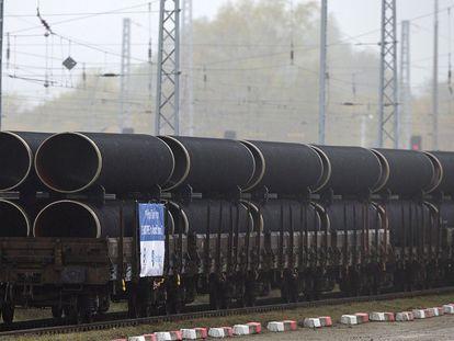 Primeras tuberías del Nord Stream 2 en una foto de archivo en Rugen, Alemania.