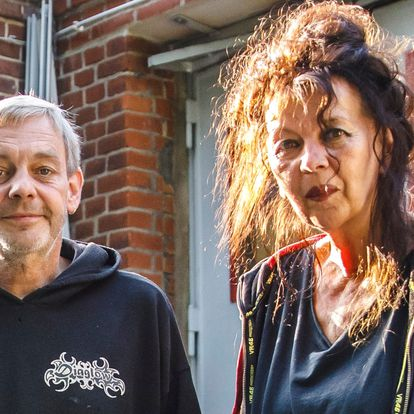 DVD. 1073. Carlo Korte and Regina Schönfeld near their motorcycle workshop and home at Trettachzeile street in Berlin, Germany, September 22, 2021. Photo by Omer Messinger