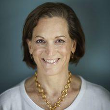 """Anne Applebaum: """"Trump pasará el resto de su vida ante los tribunales"""""""