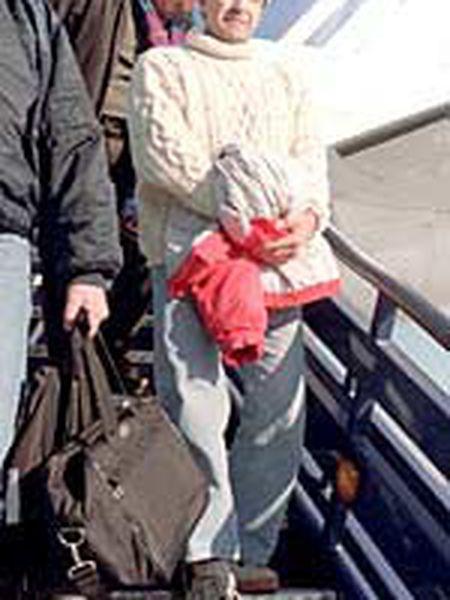 El miembro de ETA Pedro María Leguina Aurre, a su llegada a España.
