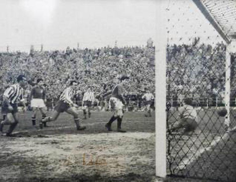 Uno de los goles de Lalo.