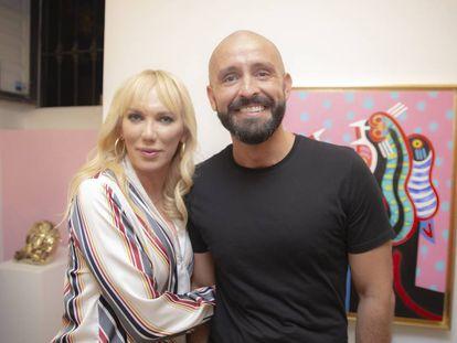 Topacio Fresh y Jaime de los Santos en La Fresh Gallery.