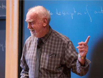 Robert Langlands recibe los 623.000 euros del Premio Abel por unas ideas que ofreció tirar a la papelera en 1967