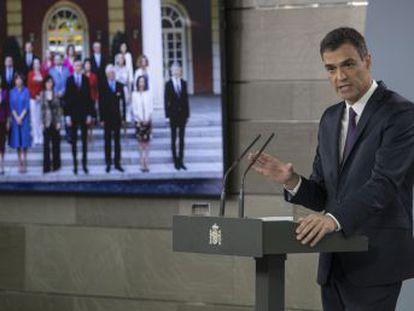 El presidente anuncia la creación de un mando único para coordinar la inmigración en las fronteras y en el Estrecho