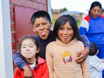 La Carta Cultural Iberoamericana está disponible en 12 idiomas, incluyendo el aymara, quechua, guaraní, gallego, euskera y catalán.