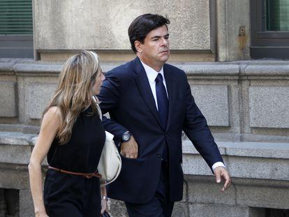 El exdiputado de la Asamblea regional Alfonso Bosch Tejedor, imputado en la trama Gürtel, a la salida de la Audiencia Nacional.