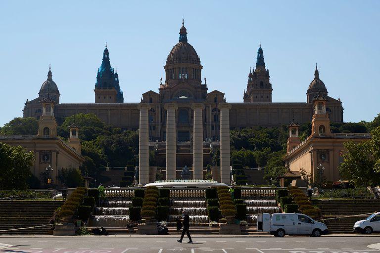 El MNAC volverá a la actividad el día 10 de junio con un autobús lanzadera desde plaza de Espanya