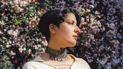 Fatima Al Qadiri celebra la melancolía como forma cultural en 'Medieval Femme' (Hyperdub, 2021).