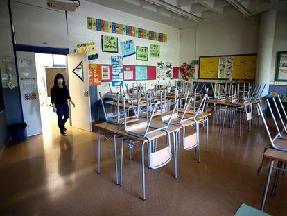 Un aula vacía de la Escola l'Estel de Barcelona el 19 de mayo.