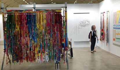 Varias de las obras que presenta la galería RocioSantaCruz en la feria Swab de Barcelona.