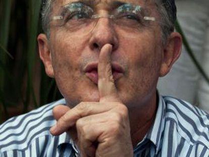El expresidente Uribe en un mitin del candidato Óscar Zuluaga