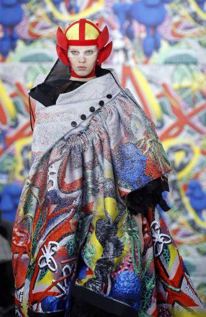 Una modelo, durante el desfile de Maison Margiela, en París este miércoles.