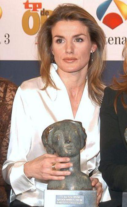 La princesa Letizia recogió el premio Tp en 2001.