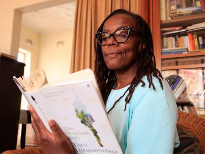 La escritora Tsitsi Dangarembga, a principios de octubre.