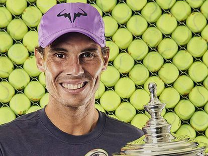 Nadal posa con el trofeo de campeón, el domingo en Nueva York. En vídeo, declaraciones de Nadal en 'El Larguero'.